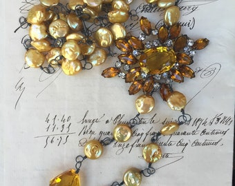 GOLDEN CASCADE-Beautiful Golden Pearl Necklace with Vintage Upcycled Brooch