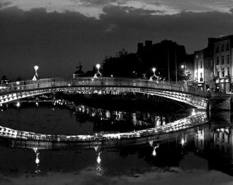 Hapenny Bridge, Dublin, dublin photography, ireland photography, black and white photograph