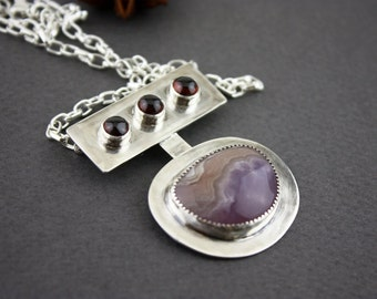 Pink agate and garnet sterling silver pendant necklace