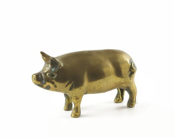Vintage Brass Pig, Pig Figurine, Brass Paperweight, Farm Animal, Farmhouse Decor, Brass Accent