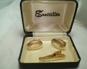 1950s 60s Executive Gold Tone Oval Cufflinks and Tie Clasp.