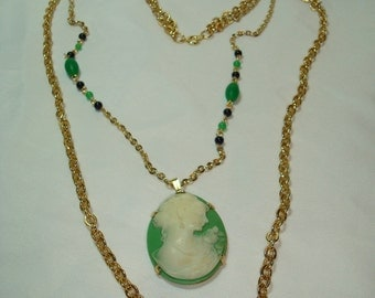 1970s Green Cameo Beaded Necklace.