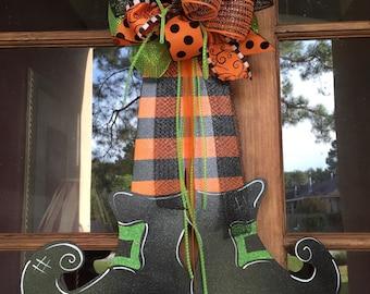 Door Hanger, Halloween Door Decor, Halloween Wreath, Witch Door Decor, Fall Door Decor, Fall Wreath, Halloween, Witches' Shoes
