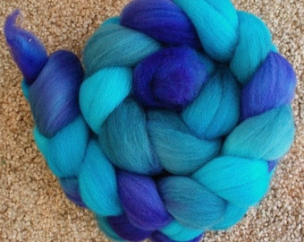 "BFL Hand Dyed Combed Top 4 Oz. ""Blue Moon"""