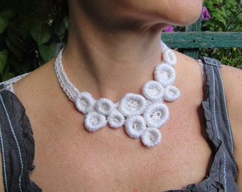 NECKLACE crochet  LINEN in the sUMMER, necklace,scarflette,jewelry,lariat,neckwarmer,  ecofriendly product