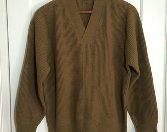 Vintage 1940's WWII Army wool Sweater looks size M-L Army Green Brown V-neck Pullover long cuffs