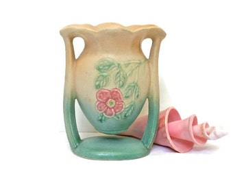 Vintage Pottery Vase / Cream Aqua and Pink Vase / Hull USA #19 / Home Decor