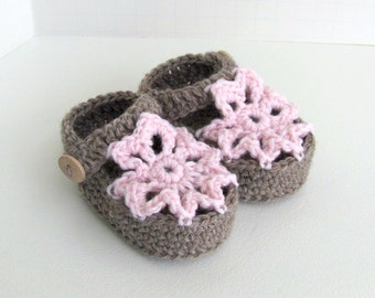 merino wool baby girls lace flower petal knit knitted summer sandal shoes ankle strap sandals girl button brown pink announcement box