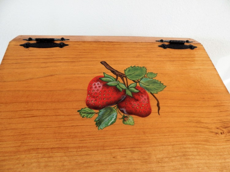 strawberry kitchen accessories bread box strawberry kitchen decor by sealsfamilywoodworks 2578