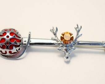Vintage Scottish sword rapier brooch. Mizpah. With thistle and rhinestone