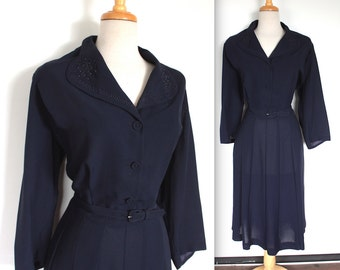 Vintage 1940s Dress // 40s 50s Navy Blue Day Dress with Soutache and Bead Studded Collar // Belted Shirt Dress // Pleated Skirt