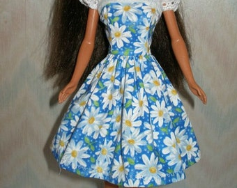 "Handmade 11.5"" fashin doll clothes - Your choice - blue or pink daisy dress with eyelet straps"