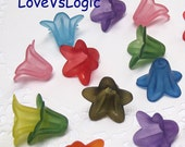 40 Acrylic Lily Flower Beads in Mix Matte Colors