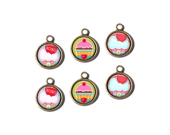 6 Cupcake Handcrafted Glass Charm