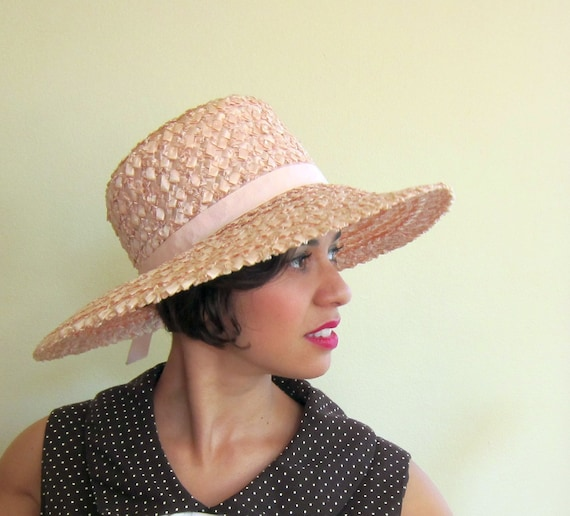 Vintage 1960s Wide Brimmed Hat / 60s Straw Hat in Pink or Peach