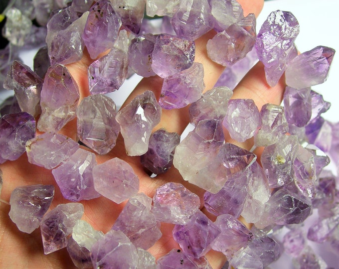 Amethyst crystal points - top drilled - 38 pcs mix size - full strand - raw amethyst point - PSC133
