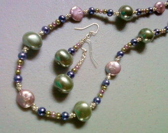 Mauve, Navy and Sage Green Pearl Necklace and Earrings (0892)