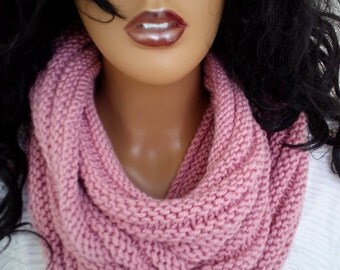 Pale pink Versatile bulky hood style cowl