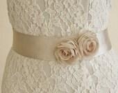 Bridal Sash Belt, Wedding Floral Sash, Beige Bridal Sash, Wedding Dress Belt, Vintage Rustic Style Sash