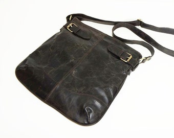 Distressed Super Dark Genuine Leather Messenger Bag Vidal // Leather Cross-body Bag fits an iPad