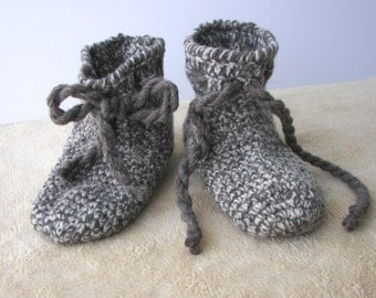 Extra Thick Crochet Adult Slipper Boots Brown Grey 100% ECO WOOL / Diabetic Chunky Wool Slippers / Custom crochet wool slippers