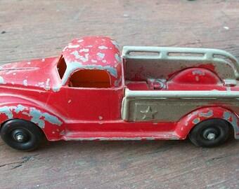 Vintage 1940's Hubley Tow Truck Wrecker 460 Kiddie Toy Star Sides Die Cast