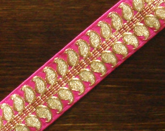 Trim - Gold Paisley And Pink Trim - 9.25 yards 1.5 inch wide lace134