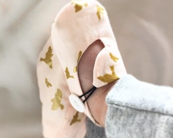 Pink and Metallic Gold Bird Baby Shoes, Soft Sole Baby Shoes, Modern Baby Booties, Toddler Slippers -  Unique Baby Shower Gift