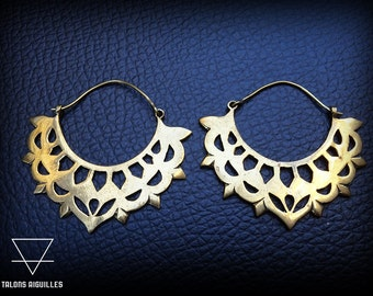 20% off with the code SPRINGSALE // Boucles d'oreille en laiton # brass earrings # tribal hoop