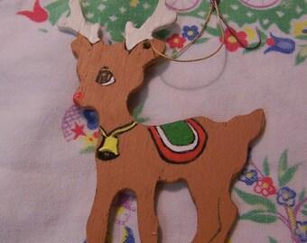 little carved wooden deer ornament
