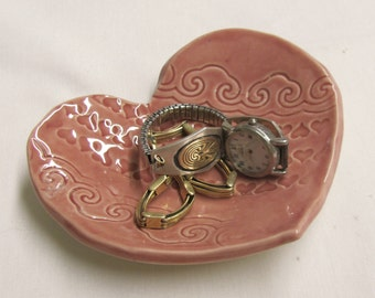 Heart Dish Pottery Tea bag Holder Ring Dish Ring Holder Spoon Rest Dish Serving Dish Handmade  Ceramic Pottery Tea Bag Rest Small Spoon Rest