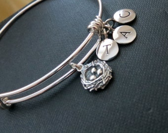 Birds nest bangle, initial bracelet, personalized jewelry, gift for mother of three children, triplets, family, momof 3