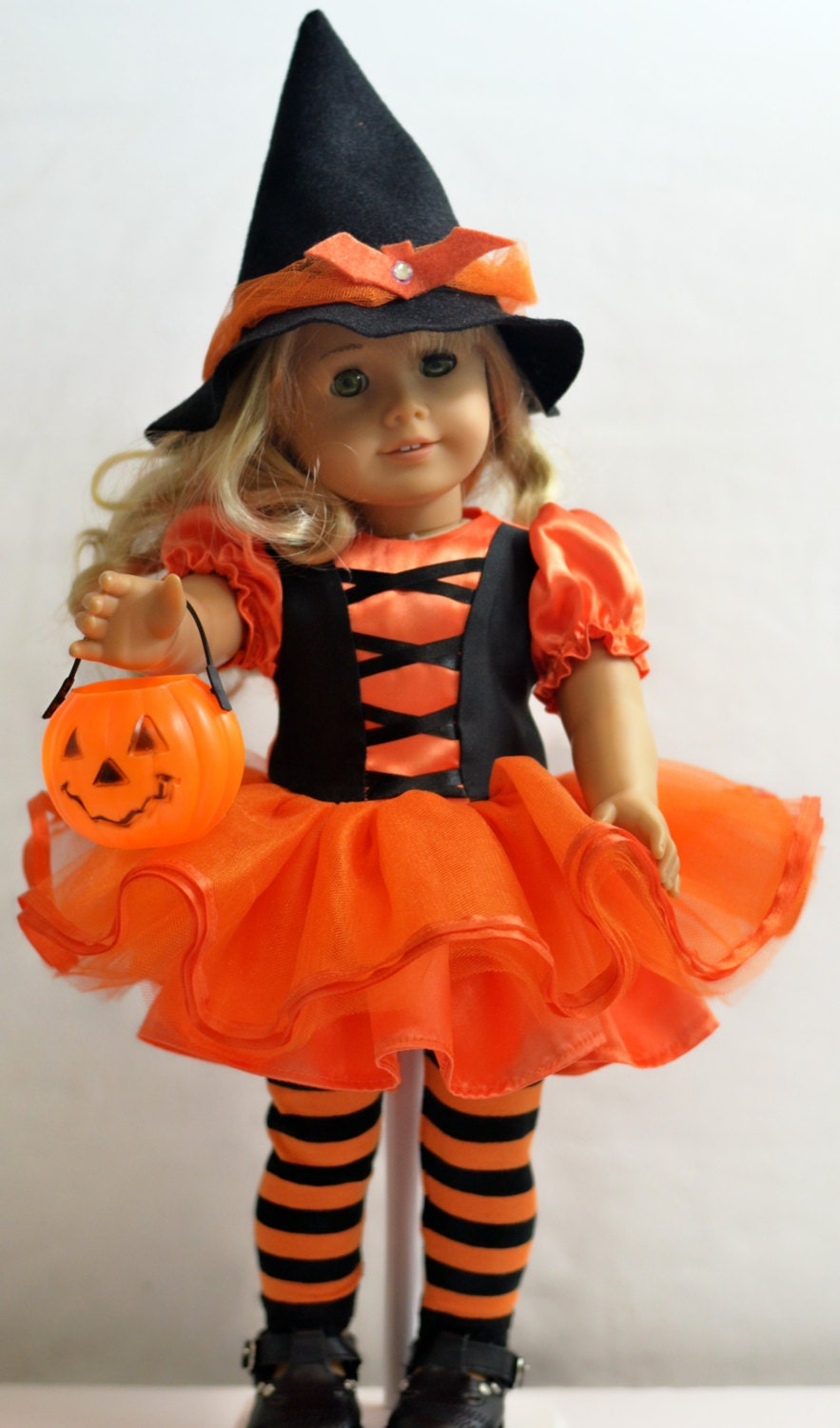 Halloween Witch Costume: For 18 Dolls Such As American
