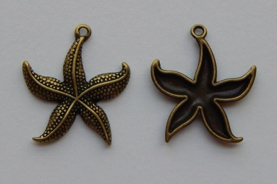 4 Pieces of Metal Jewelry Charm - 26mm Starfish, Animal, Sea Life, Drop, Single Sided, Antique Bronze Color, Zinc Alloy Base Metal, Top Loop