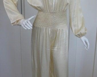 Absolutely Stunning Vintage Cream/White Satin Jumpsuit, size S/M