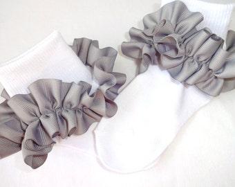 Gray Ruffled Ribbon Socks