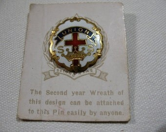 Vintage Crown and Cross Church Pin on Original Card