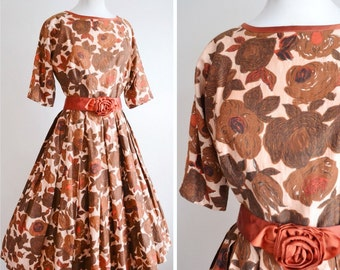1950s Rose print brown cotton full skirt day dress / 50s dolman sleeve printed satin belt summer dress - S