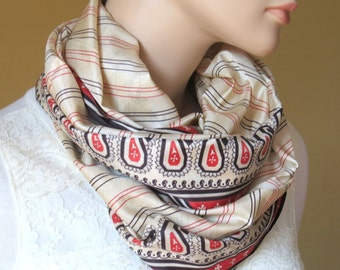 Scarf Beautiful Sari Scarf Versatile Upcycled VINTAGE Sari - floral beige red - autumn winter accessories