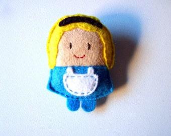 Alice in Wonderland felt brooch, fairy tale character, gift for kids, doll plush