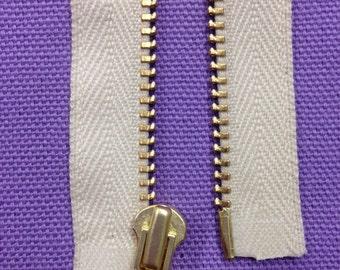 """Zipper 22"""" Organic Cotton, Brass, Natural, Open"""