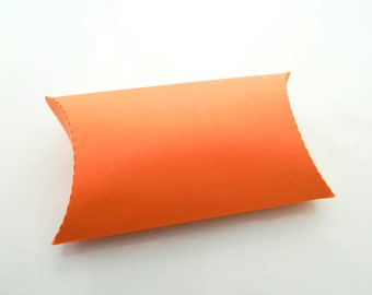 Gift Pillow Boxes - Package of 15 - Orange Coral Boxes. Orange Boxes, Hot Coral Box, Jewelry Boxes, Summer Craft, Wedding Favor, Party Favor