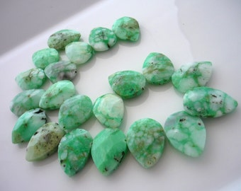 Chrysoprase faceted pear briolettes bottom drilled 25mm x 17mm 1/2 strand