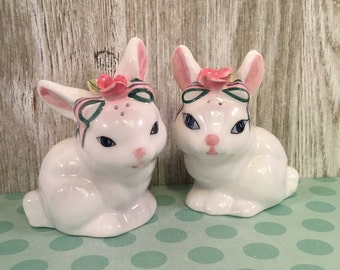Ceramic Bunny Rabbit Salt & Pepper Shakers