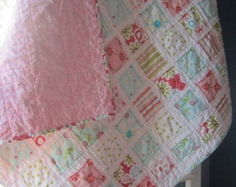Free Shipping.... US Only....Sweet Divinity....A Fray Edge Quilt.....Baby Shower/Birthday Gift....Ready to Ship