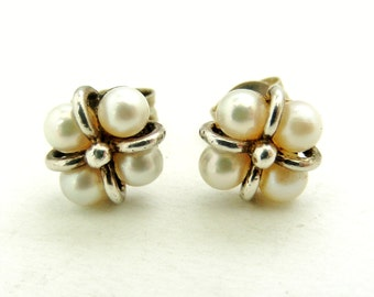 Vintage sterling silver cultured pearl stud earrings