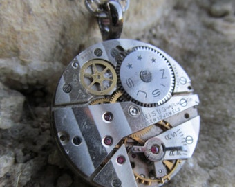 Steampunk Gorgeous Pinstriped Watch Movement Exposed Gear Necklace Pendant A 32