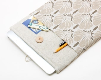 White Linen MacBook 15 Case. Case for MacBook 15 Pro Retina. Sleeve for MacBook 15 Pro with flowers pocket. MacBook Cover
