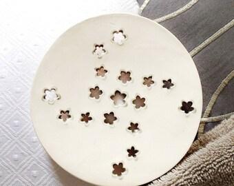 White Ceramic Soap Dish - White Soap dish for Modern Kitchen And Bath - Modern Bath Soap Dish - Primitive Soap Dish - Boho Soap Dish