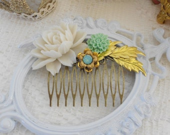 Flower Hair Comb, Assemblage Hair Comb, Off White Rose, Vintage Inspired, Whimsical, Mint and Gold Hair Comb,Resin Hair Comb, Leaf Hair Comb